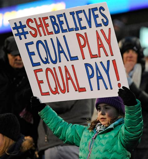 An in-depth look at the gender wage gap issue in sports