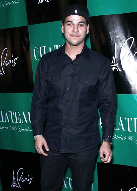 How Much Weight Has Rob Kardashian Lost? | TV Guide