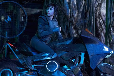 Boot Up The First 5 Minutes Of 'Ghost In The Shell' Plus