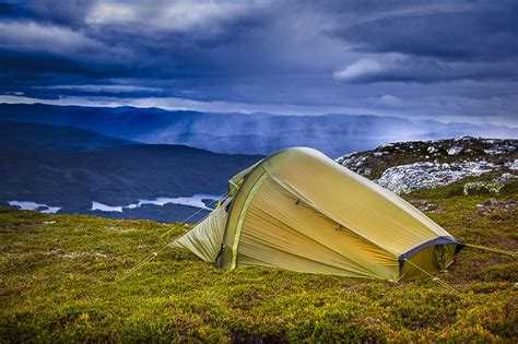 RINGSTIND: A lightweight, quick-pitch tent