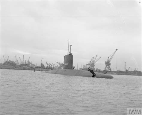 HMS DREADNOUGHT, THE ROYAL NAVY'S FIRST ATOMIC POWERED