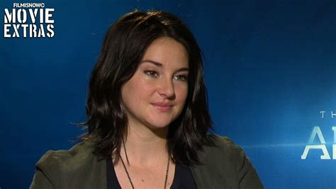 Interview with Shailene Woodley talks about The Divergent