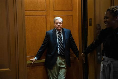 Graham to Mueller: Give testimony if you dispute Barr