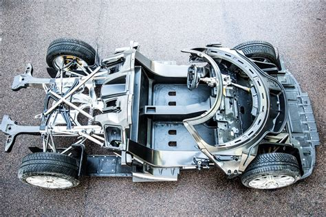Koenigsegg Regera Carbon Chassis Surfaces, Looks Like
