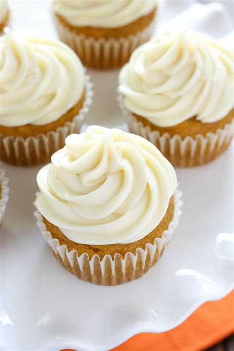 Pumpkin Cupcakes with Cream Cheese Frosting | KeepRecipes