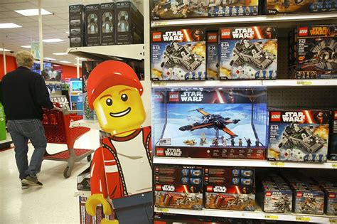 Analysis: Lego sets are better than gold, stocks   Stone
