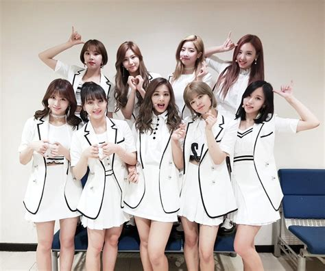 BTS and TWICE, most popular KPOP groups in overseas